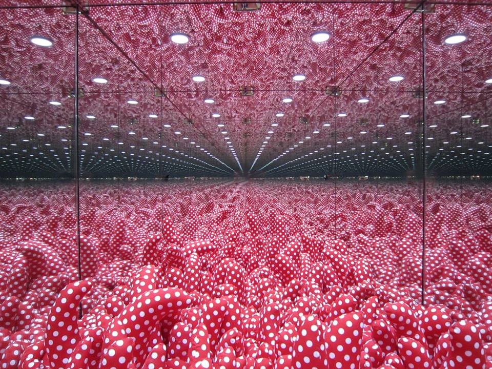 Yayoi Kusama, 'Mirrored Room', 1997, view of inside
