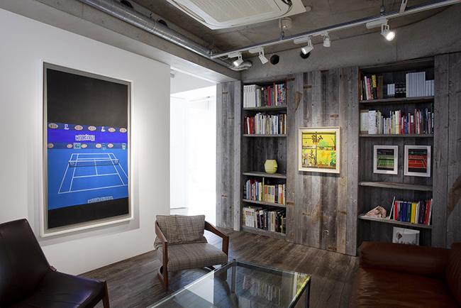 Installation view, artwork, left to right: Jonas Wood; Shio Kusaka